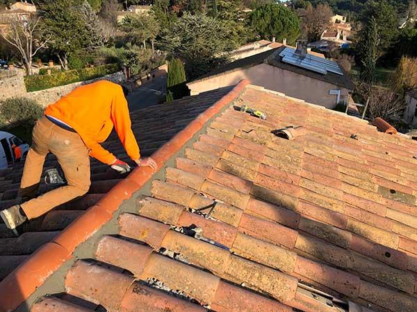 démoussage toiture Aix en provence